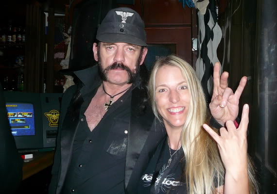 Rockin the horns up with Lemmy at the Rainbow after the show!