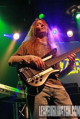 Troy Tipton killa bass player!!