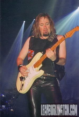The guitar God, Adrian Smith!!
